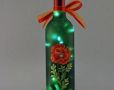 Flor de Pascua y holly vino botella lámpara por VauVicStudio