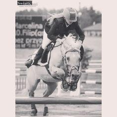Instagram photo by marcelinamatyszczak - #memories #old #photo #golden #pony #Filip