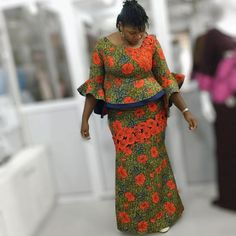 We have here the most amazing and creative Ankara Skirt and Blouse styles for Pretty African Ladies to inspire you. Ankara skirt and blouse style can go Ankara Skirt And Blouse, African Maxi Dresses, Latest African Fashion Dresses, African Print Fashion, African Attire, African Wear, African Print Dress Designs, Ankara Designs, Girls Evening Dresses
