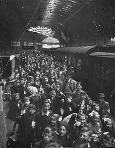 Children being evacuated from the city during the ongoing German bombing blitz. London, 1940.
