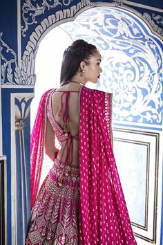 Shop from an exclusive range of luxurious wedding dresses & bridal wear by Anita Dongre. Bring home hand-embroidered wedding wear in colors inspired by nature. Indian Bridal Fashion, Indian Wedding Outfits, Indian Outfits, Indian Clothes, Indian Weddings, Indian Attire, Indian Ethnic Wear, Viria, Mehendi Outfits