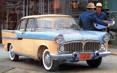 """Apelidos, a sabedoria popular aplicada ao automóvel   Best Cars - Que o diga o Simca Chambord, lançado em 1959 com um motor V8 de apenas 84 cv e desempenho insuficiente: logo ficou conhecido como """"Belo Antônio"""", personagem de Marcello Mastroianni no filme homônimo ítalo-francês de 1960 que — como o sedã — era elegante, mas impotente"""