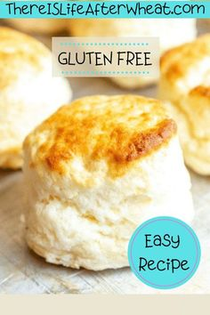 This easy Gluten Free Biscuits recipe is perfectly light, fluffy, and ridiculously easy to make! You'll love this simple recipe with 4 ingredients and only 5 minutes of prep time. Gluten Free Dinners Easy, Gluten Free Soups, Gluten Free Lunch Ideas, Best Gluten Free Desserts, Gluten Free Bakery, Gluten Free Pancakes, Gluten Free Recipes For Breakfast, Allergy Free Recipes, Foods With Gluten