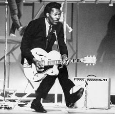 """#RIP🙏🏽🎸🙏🏽  Charles Edward Anderson """"Chuck Berry"""" a music pioneer often called """"the Father of Rock 'n' Roll,"""" died Saturday March 18, 2017 at his home outside St. Louis, He was 90. #ChuckBerry #FatherofRockAndRoll #AmericanGuitarist #Guitar #Guitarist #Pioneer #RockandRoll #Music #Singer #Songwriter #Song #YouCanNeverTell #Artist #HallOfFame #Legend #Legendary #History #BlackHistory"""