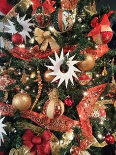 My Christmas tree ♡♥ con palle Biedermeier e stelle di carta!