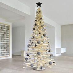 DIY-Weihnachtsbaum aus Holzlatten: Anleitung auf Muttis Nähkästchen #weihnachten #weihnachtsbaum #christbaum #diy