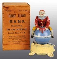 Google Image Result for http://0.tqn.com/d/collectibles/1/0/1/1/4/clownonglobebank2712.jpg
