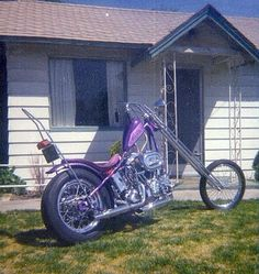 Harley davidson bsa triumph 70s chopper bobber cafe racer brat style kustom custom 2 wheels motorcycle flake paint job