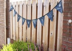 para reciclar jeans o ropa vaquera ideas para reciclar jeans o ropa vaquera - Denim Birthday Sale Decorating Party Banner Sewing Tricks - COSTURA Diy Jeans, Jeans And Vans, Recycle Old Clothes, Next Jeans, Diy Clothes And Shoes, Dora, Sewing Courses, Denim Flowers, Estilo Hippie