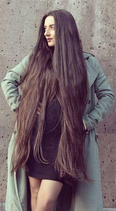 Long Indian Hair, Glossy Hair, Beautiful Red Hair, Long Brown Hair, Super Long Hair, Loose Hairstyles, Hair Photo, Hair Beauty, Long Hair Styles