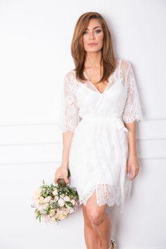Sabrina Lace Robe- Homebodii Bridal Robes