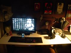 this is my setup what i use for gaming mostly and for watching movies