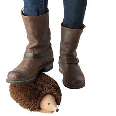 A hedgehog that cleans your shoes before you step in the house. 23 Products For People Who Hate To Clean Clean Machine, Cute Kitchen, Clean Shoes, Only Shoes, Your Shoes, Fashion Watches, Ugg Boots, Special Gifts, Cleaning Hacks