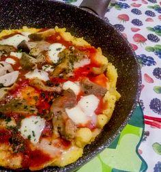 Ceno e Posto: recupero della Polenta del giorno prima #ricette #cucina #polenta #pizza #recupero #nospreco #risparmio  http://www.kitchengirl.it/il-frigo-racconta/ceno-e-posto-recupero-della-polenta-del-giorno-prima/