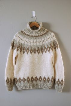 gorgeous lopi sweater via garment house [colorwork / fair isle] Fair Isle Knitting Patterns, Knit Patterns, Pull Jacquard, Icelandic Sweaters, Hand Knitting, Knitting Sweaters, Knitwear, Knit Crochet, Creations