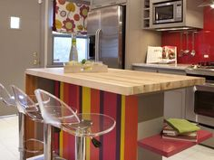 Kitchen breakfast bar and island - like the pullup extension to use when needed
