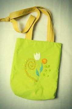 Tote bag, large bag, waterproof dirt prood fabric, market bag, library bag, tote bag, scandinavian design, hand embroided bag