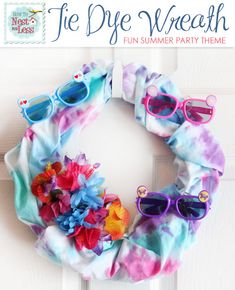 tie dye summer wreath - This would be adorable in a kids' room or even a kids' bathroom for summer!! Love it!