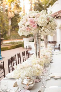 Sophisticated Centerpiece – shared on MODWEDDING