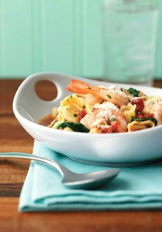 Shrimp, Tortellini & Spinach – What's better than cheese tortellini? Cheese tortellini with garlic red pepper sauce, shrimp, spinach, and fresh basil, that's what.