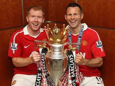 Manchester United's young guns Paul Scholes and Ryan Giggs celebrate winning the first of many titles . Best Football Team, Football Soccer, Football Players, Football Stuff, Visit Manchester, Manchester United Players, Old Trafford, Man Utd Squad, Pier Paolo Pasolini