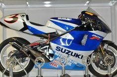 Suzuki RGV500 1999