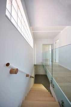 Πατητη τσιμεντοκονια / Lava finish by www.evomat.com Lava, Stairs, Home Decor, Stairway, Decoration Home, Room Decor, Staircases, Pallet, Home Interior Design