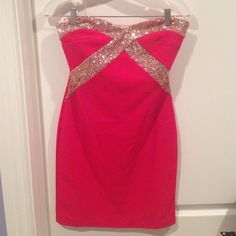 Fitted evening dress!! Strapless, sweetheart, sequined embellished, fitted evening dress! Worn once for a formal party... Very flattering on and very comfortable. The sequins did not irritate my skin at all! Dresses Strapless