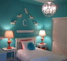 girl room i like the horses and the color