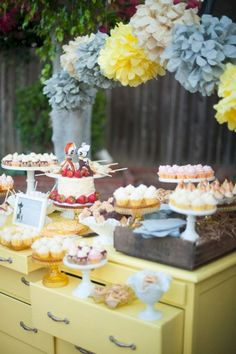 Best Best 20+ Easy And Creative Wedding Dessert Bar Ideas For Your Wedding Party  https://oosile.com/best-20-easy-and-creative-wedding-dessert-bar-ideas-for-your-wedding-party-19310