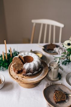 In need of some inspiration? With flowers, food, styling, and photograpy, our workshop called A Winter Gathering is just for you!