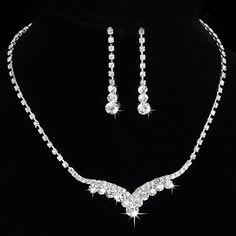 Womens Crystal Tennis Necklace Set Bridal Bridesmaid Jewelry Traditional Crystal Tennis Necklace & Earring Set Clear Crystal Drop Earrings CrystalGemsStore http://www.amazon.co.uk/dp/B010NSWAGA/ref=cm_sw_r_pi_dp_rMsMvb13X305E