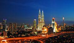Malezya gerek Asya'nın gerekse Dünyanın önemli Turizm, Ekonomi ve Finans merkezidir. Malezya Tropik iklimi Bembeyaz kumsalları berrak denizi milli parkları gülen insanları hareketli gece hayatı ile tüm dünya turistlerinin ilgi odağı olmuş ve her yıl artan ziyaretçilere ev sahipliği yapmış bir ülke konumundadır.
