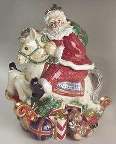 Christmas Santa Reindeer Mrs Claus Gnone Canister Butter Dish Tea Pot Milk Jug
