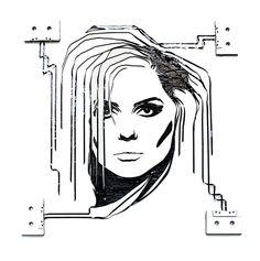 Erika Iris. Retrato con cintas de música.