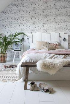 chambre à coucher design scandinave, décoration intérieur chambre complete en couleurs pastel