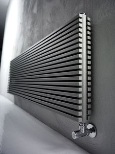 Radiador decorativo de pared en acero al carbono TRIM by ANTRAX IT radiators & fireplaces