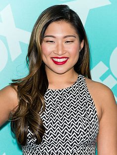 ROUND FACES The Barbie doll Jenna Ushkowitz's totally tamed curls scream perfection. Although such sleekness may take a little longer to achieve, it's worth it. The side-part and layered waves neatly frame a round face, giving it structure and adding flattering angles.