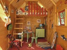 cabane de jardin pour enfant, intérieur unique