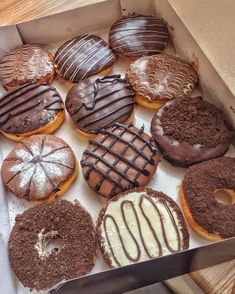 Think Food, I Love Food, Good Food, Yummy Food, Cute Desserts, Dessert Recipes, Boutique Patisserie, Donuts Donuts, Dunkin Donuts