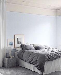 M i d n a t t (@midnatt.official) • Foton och videoklipp på Instagram Scandinavian Style Bedroom, Modern Bedroom, Dark Grey Bedding, Light Blue Walls, Bedroom Carpet, Pastels, Carpets, Bedrooms, Contemporary