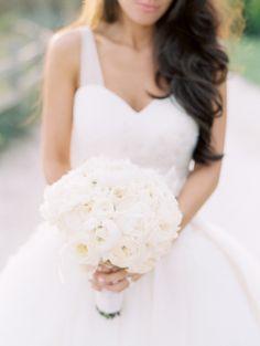 Photography: Clary Pfeiffer Photography - www.claryphoto.com  Read More: http://www.stylemepretty.com/2015/03/19/elegant-santa-barbara-gold-infused-wedding/