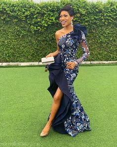 Elegant collection of latest ankara aso ebi styles 2019 for african ladies Diyanu Fashion African Lace Dresses, African Wedding Dress, African Fashion Dresses, Dress Wedding, Lace Wedding, Traditional Dresses Designs, African Traditional Dresses, Traditional Outfits, Glam Dresses
