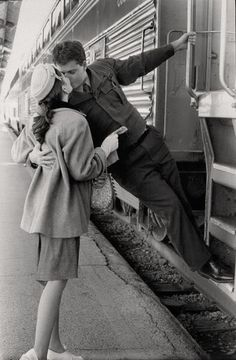train kissing pictures never get old