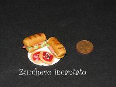 hot dog in pasta di zucchero per decorare torte - Cerca con Google