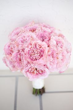 cottage rose bouquet. love the texture and color.