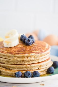 Could You Eat Pizza With Sort Two Diabetic Issues? Healthy Protein Pancakes 3 Ways-These 3 Recipes Are Easy To Throw Together, Perfect For Meal Prep, And The Perfect Light Breakfast Healthy Protein Pancakes, Pancake Healthy, Low Carb Pancakes, Healthy Breakfast Recipes, Brunch Recipes, Healthy Snacks, Healthy Breakfasts, Healthy Dishes, Breakfast Ideas
