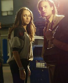 Fear The Walking Dead- Nick and Alicia Clark
