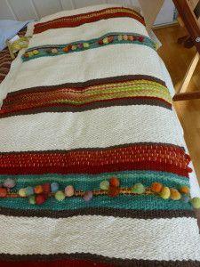 Resultado de imagen para telares pieceras Loom Weaving, Hand Weaving, Peg Loom, Weaving Textiles, Tapestry Weaving, Weaving Projects, Tear, Weaving Techniques, Loom Knitting