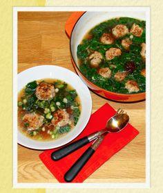 Salsa Verde: Pork and prawn meatballs in aromatic broth / Almôndegas de porco e camarão, em caldo aromático!